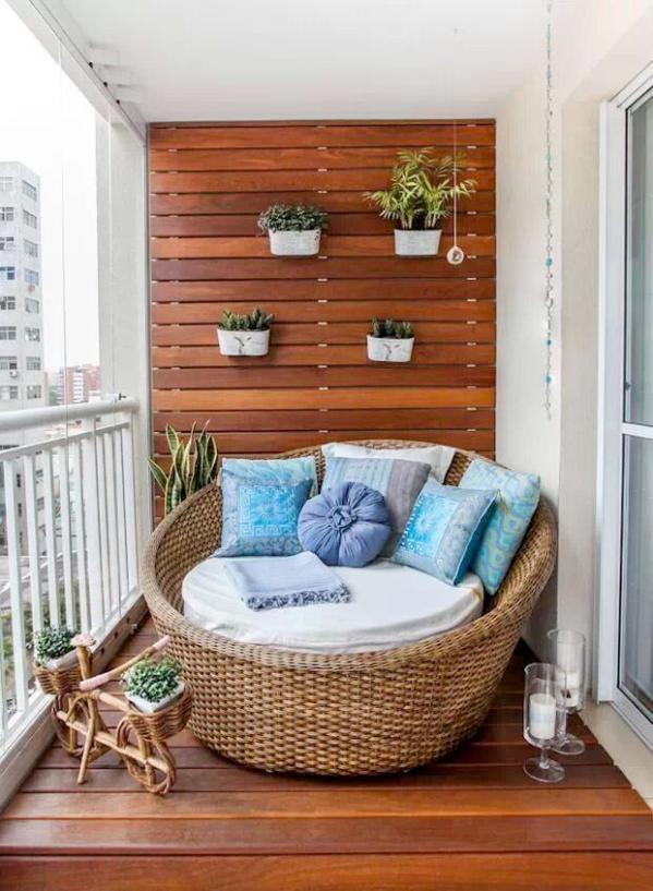 Porch Lounge Chair